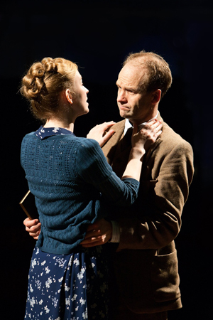 With Beth Park as Anne. Photo by Jonathan Keenan.